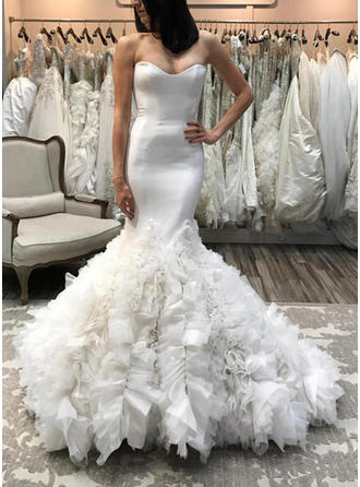 Sweetheart Trumpet/Mermaid Wedding Dresses Organza Ruffle Sleeveless Court Train