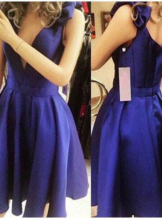 A-Line/Princess V-neck Sleeveless Short/Mini Bow(s) Homecoming Dresses