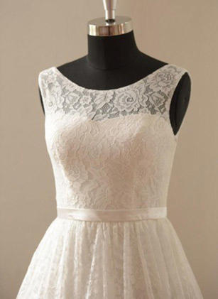 A-Line/Princess Scoop Knee-Length Wedding Dress With Lace Sash