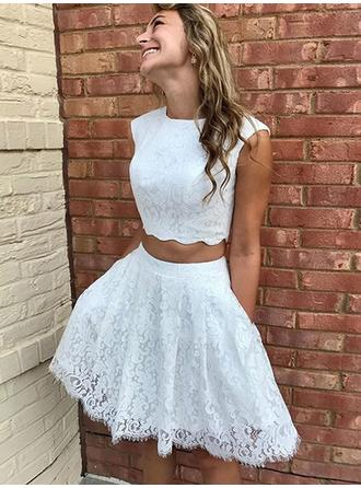 Scoop Neck With Lace Cocktail Dresses