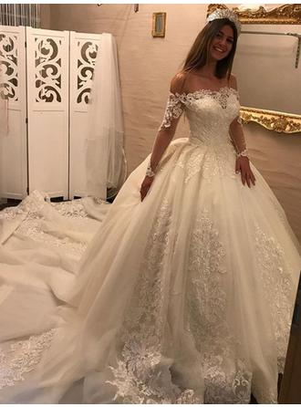 Ball-Gown Off-The-Shoulder Royal Train Wedding Dresses With Ruffle Appliques Lace