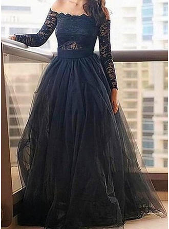 A-Line/Princess Off-the-Shoulder Floor-Length Tulle Prom Dress With Lace