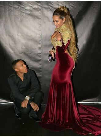 Velvet Long Sleeves Trumpet/Mermaid Prom Dresses High Neck Ruffle Appliques Lace Court Train