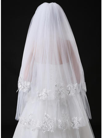 Two-tier Lace Applique Edge Fingertip Bridal Veils With Sequin/Lace