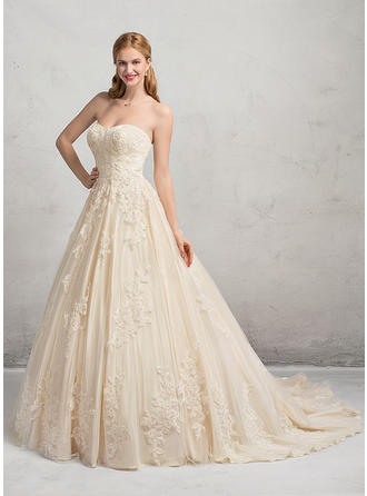 Chic Chapel Train Ball-Gown Wedding Dresses Sweetheart Tulle Lace Sleeveless