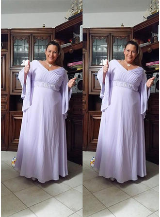 A-Line/Princess V-neck Chiffon Long Sleeves Floor-Length Beading Mother of the Bride Dresses