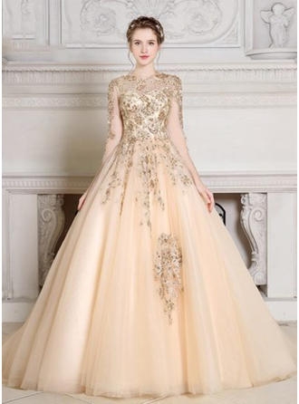 Ball-Gown Scoop Neck Court Train Evening Dress With Beading