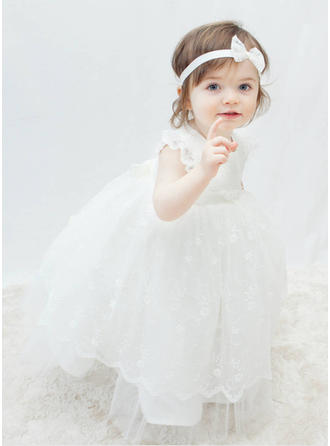 Tulle Scoop Neck Flower(s) Baby Girl's Christening Gowns With Short Sleeves