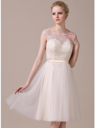 A-Line/Princess Scoop Neck Tulle Lace Sleeveless Knee-Length Homecoming Dresses
