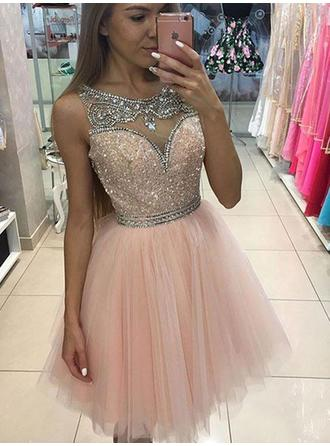 A-Line/Princess Scoop Neck Knee-Length Tulle Evening Dresses With Beading Sequins