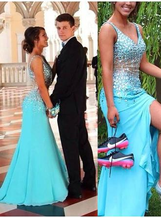 Chiffon Sleeveless Trumpet/Mermaid Prom Dresses V-neck Beading Sweep Train