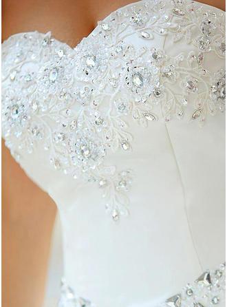 Corte de baile Corazón Hasta el suelo Vestido de novia con Cuentas Los appliques Encaje