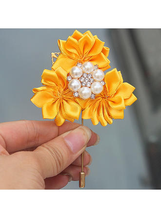 Boutonniere Free-Form Wedding/Party Satin (Sold in a single piece) Wedding Flowers