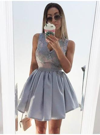 Stunning Homecoming Dresses A-Line/Princess Short/Mini V-neck Sleeveless