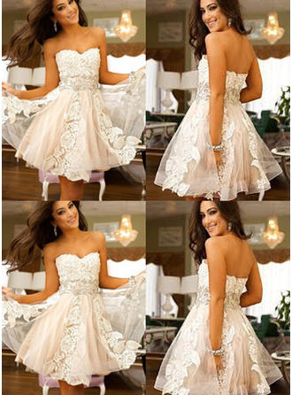 A-Line/Princess Sweetheart Knee-Length Tulle Cocktail Dress