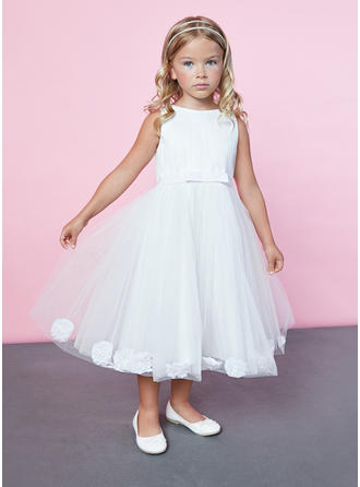 A-Line/Princess Scoop Neck Knee-length Satin/Lace Sleeveless Flower Girl Dress