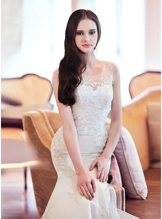 Trumpet/Mermaid Scoop Court Train Wedding Dress With Beading Flower(s)