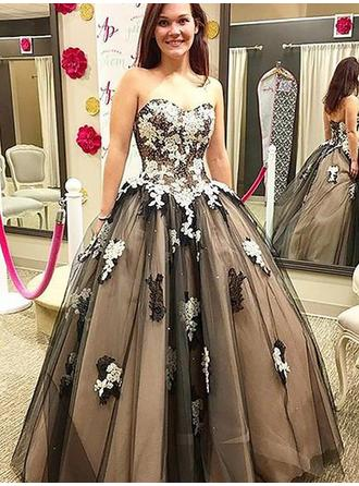 Ball-Gown Tulle Prom Dresses Flattering Floor-Length Sweetheart Sleeveless
