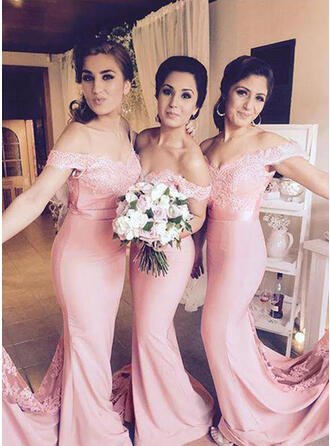 Trumpet/Mermaid Bridesmaid Dresses Lace Off-the-Shoulder Sleeveless Floor-Length