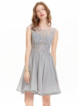 A-Line/Princess Scoop Neck Chiffon Sleeveless Knee-Length Homecoming Dresses