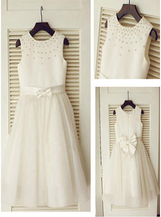 A-Line/Princess Scoop Neck Knee-length With Beading/Bow(s) Satin/Tulle Flower Girl Dresses