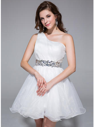 A-Line/Princess One-Shoulder Short/Mini Organza Homecoming Dresses With Ruffle Beading