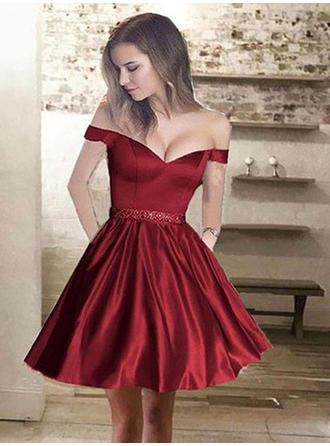 A-Line/Princess Off-the-Shoulder Satin Sleeveless Short/Mini Ruffle Beading Homecoming Dresses