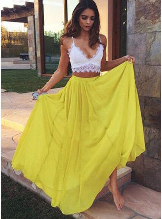 Chiffon Sleeveless A-Line/Princess Prom Dresses V-neck Lace Floor-Length
