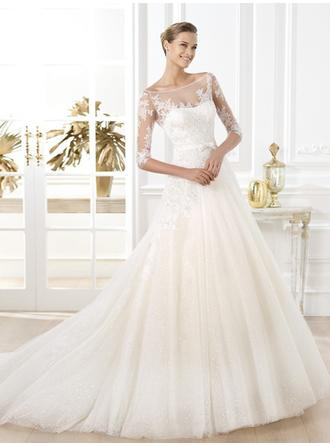 A-Line/Princess Scoop Chapel Train Wedding Dresses With Lace Sash Bow(s)