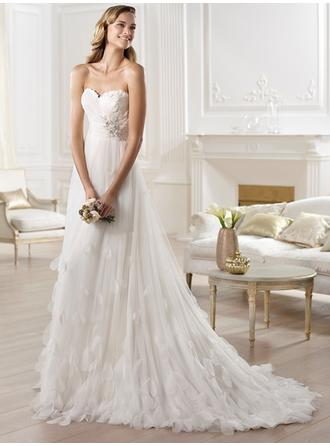 Empire Sweetheart Court Train Wedding Dresses With Ruffle Beading Feather Appliques Lace