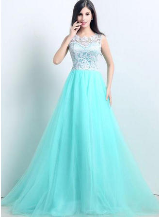 A-Line/Princess Scoop Neck Court Train Evening Dress