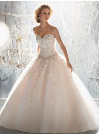 Ball-Gown Sweetheart Court Train Wedding Dresses With Beading Appliques Lace