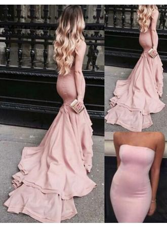 Trumpet/Mermaid Strapless Court Train Prom Dress