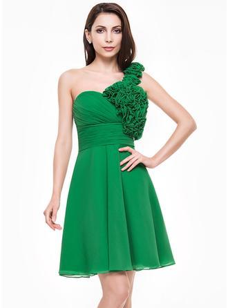 A-Line/Princess Knee-Length Homecoming Dresses One-Shoulder Chiffon Sleeveless