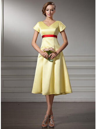 A-Line V-neck Knee-Length Satin Bridesmaid Dress With Sash Bow(s)