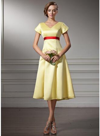 A-Line V-neck Knee-Length Satin Bridesmaid Dress With Sash Bow(s)