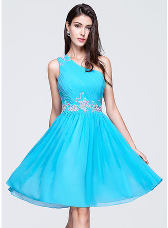 A-Line/Princess One-Shoulder Knee-Length Chiffon Homecoming Dresses With Ruffle Beading Appliques Lace Sequins