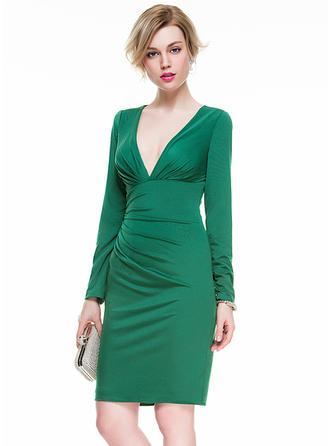 Glamorous Sheath/Column V-neck Jersey Cocktail Dresses