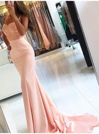 Trumpet/Mermaid Sweep Train Satin Prom Dress With Appliques Lace
