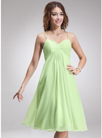 Chiffon Sleeveless Empire Bridesmaid Dresses Sweetheart Ruffle Knee-Length