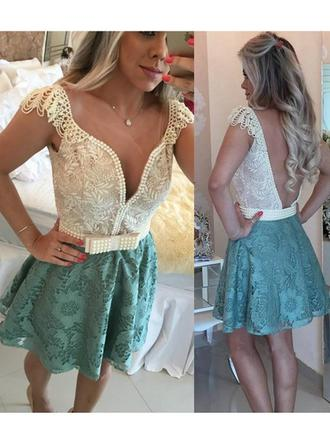 A-Line/Princess V-neck Short/Mini Lace Cocktail Dress With Beading