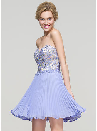 A-Line/Princess Sweetheart Short/Mini Chiffon Homecoming Dresses With Beading Sequins Pleated