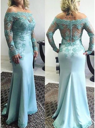 Trumpet/Mermaid Off-the-Shoulder Sweep Train Mother of the Bride Dresses With Appliques Lace