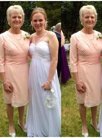 A-Line/Princess Scoop Neck Chiffon Newest Mother of the Bride Dresses