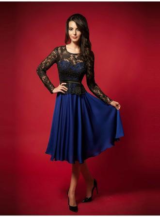 A-Line/Princess Scoop Neck Knee-Length Evening Dresses With Lace Sash