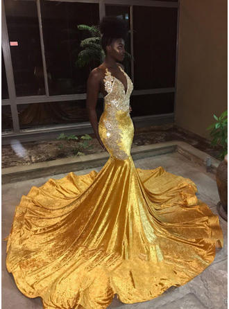Court Train Velvet With Trumpet/Mermaid Prom Dresses