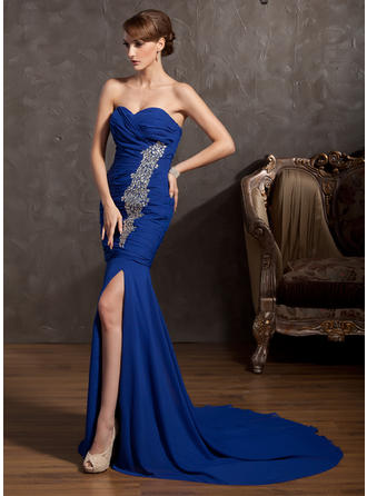 Trumpet/Mermaid Sweetheart Chiffon Sleeveless Court Train Ruffle Beading Split Front Evening Dresses (017014865)