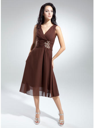 A-Line/Princess Chiffon Sleeveless V-neck Knee-Length Zipper Up Mother of the Bride Dresses