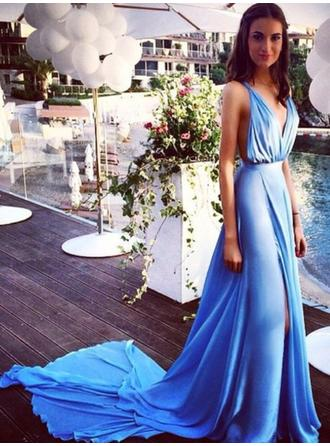 Chiffon Sleeveless A-Line/Princess Prom Dresses V-neck Split Front Court Train