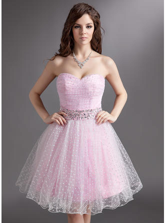 A-Line/Princess Tulle Prom Dresses Ruffle Beading Sweetheart Sleeveless Knee-Length